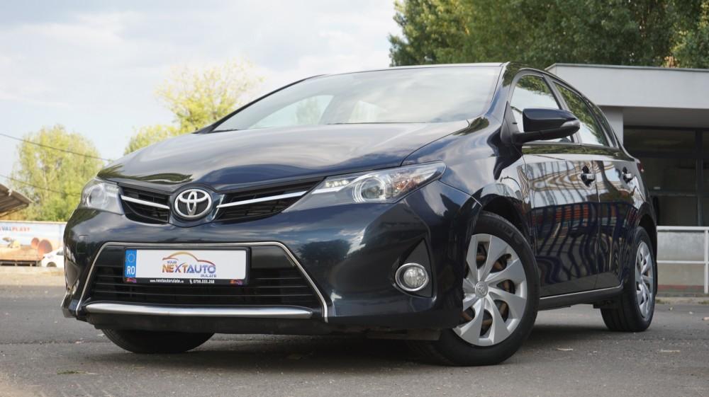 Toyota Auris 2.0D-4D Luna 2014 EURO 5
