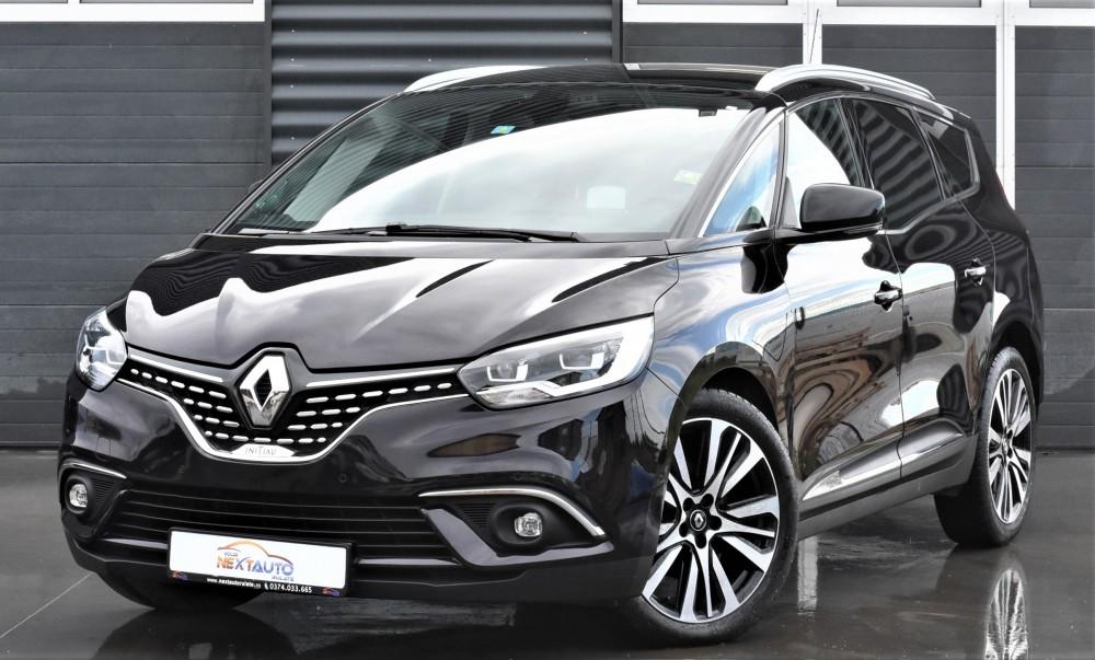 Renault Grand Scenic Initiale Paris